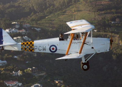 900x600-Tiger-Moth-over-Somerset-West-Capt-Milton-Copy-of-IMG_1522